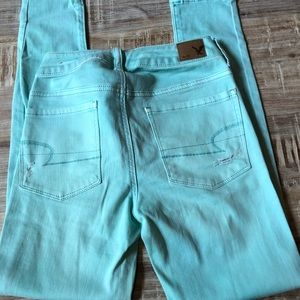 AE Mid Rise Distressed Jegging